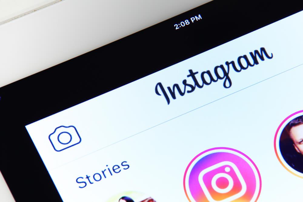 Neuer offizieller Start von Instagram mit neuen Beschriftungsaufklebern für Geschichten und deren Verwendung von Ben Givon